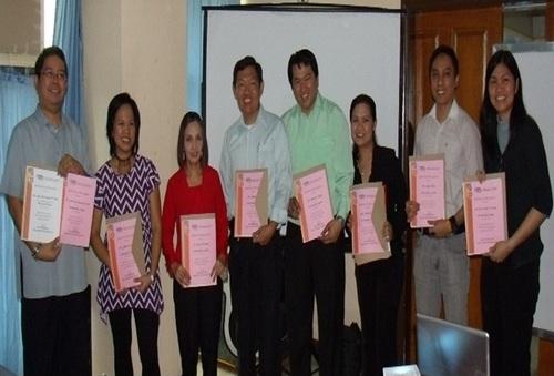In Photo: (L-R) John Ruero (VP External, PSITE National), Jovy Factor (VP – Ways and Means, PSITE NCR / IT Dept Chair, FEATI University),  Lorena Rabago (Executive VP, PSITE NCR / IT Dept Chair, TIP QC), Samuel Chua (Auditor, PSITE NCR / Dean,-College of CS/IT, Lyceum Manila), Rejan Tadeo (VP-Finance, PSITE NCR / Dean - College of CS/IT, AMACLC Taguig) Marvi Aresta (Secretary, PSITE NCR / IT Dept Chair, Adamson University), Avonn Nova (VP Membership, PSITE NCR / Dean – College of CS/IT, MCU) Ma. Carmela Racelis (President, PSITE NCR / Director – IT, Adamson University) (Image Source: Eastern Communications)