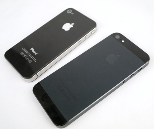 The Apple IPhone 4 4S Left And 5 Right