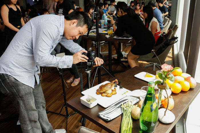 Ngee Ann Polytechnic's William Aung provided tips on how to make food photographs look great.