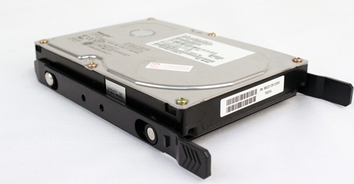 There are no additional means to secure the HDD to the 3.5-inch hard dish tray.