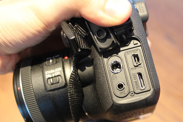 Input and output terminals like the HDMI port and mic jack can be found on the left side of the camera.
