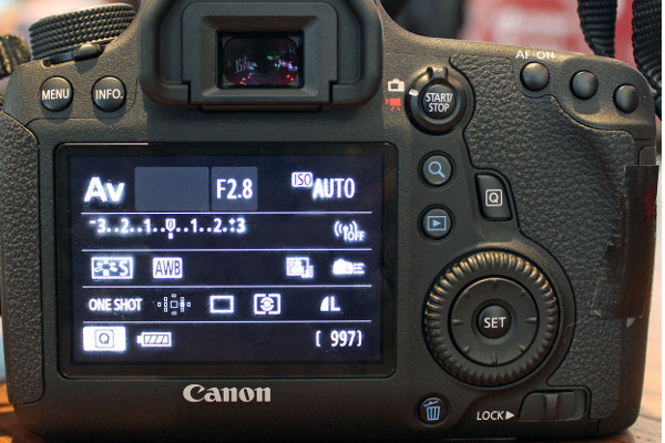 Control layout at the back of the 6D is more streamlined and sports fewer buttons than the 5D Mark III.