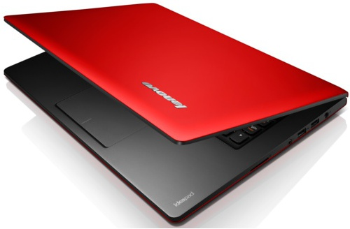 IdeaPad S400 in red (Image source: Lenovo)