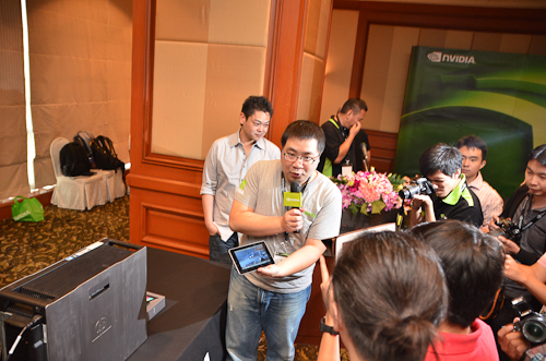 The NVIDIA VGX cloud system being demonstrated to the media.