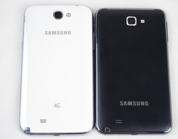 The Samsung Galaxy Note II (left) loses the textured back cover and opts for a 'hyperglaze' finish.