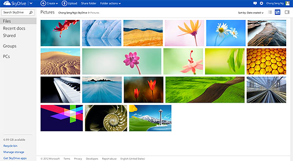 This is how the online version of SkyDrive looks like. Notice the Modern UI similarities?