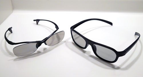 Two pairs of polarized BKM-30G 3D glasses (left) will be bundled together with the X9000. Sony is also throwing in two extra pairs, but less stylish glasses as depicted on the right.