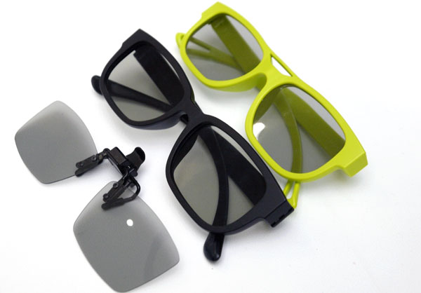 LG is bundling the UD TV with four pairs of clip-on 3D lenses (extreme left) and eight pairs of polarized lenses as part of its promotional package. Two pairs of Dual Play glasses will be provided as well.
