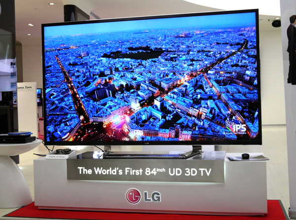 Our tests are not exhaustive given the store's bright lighting conditions, but the LG 84-inch LM9600 has proven its mettle on most fronts, especially where high-definition and 3D content are concerned.