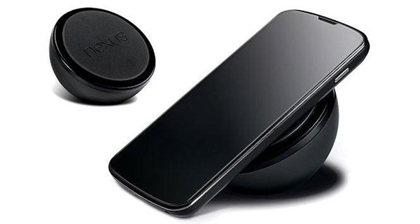 As the Wireless Charging Orb is designed for the LG Nexus 4, we reckon it will work better than the Nokia's wireless charging plate.