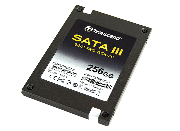 The Transcend SSD720 comes in an Ultrabook-friendly 7mm case.