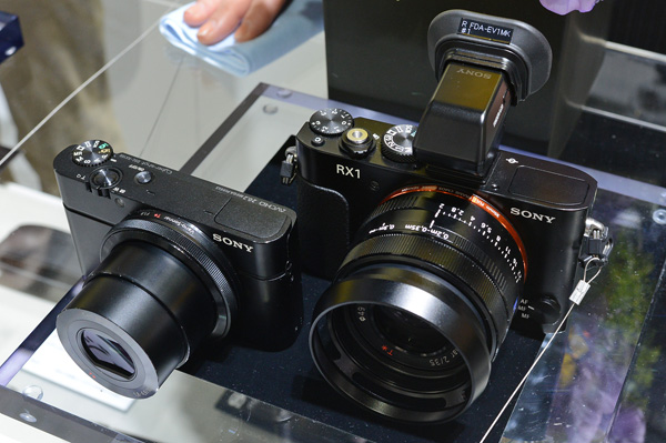 Due to the RX1's larger sensor, it is of course larger than the RX100.