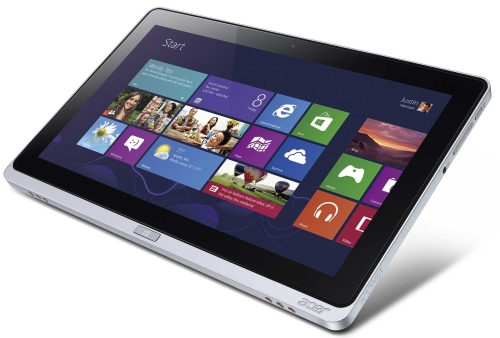 Similar to Acer's newer Windows 8 devices, the ICONIA W700 is sleek and sexy