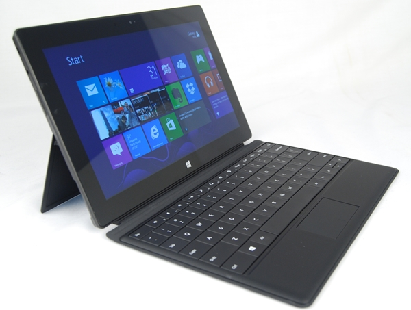 With the Type Cover attached, the Surface looks and even somewhat functions like a full-fledged Ultrabook. The total weight of the Microsoft Surface RT with the Type Cover accessory attached is about 930 grams.
