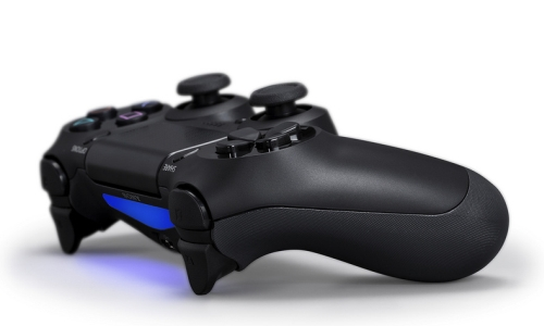 The LED light bar on the DualShock 4 is meant to identify players and deliver gameplay feedback to gamers through changes in color patterns. There is also a stereo headset jack for voice chat.