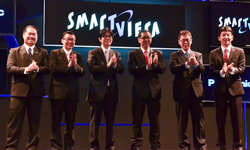 From L-R: Ho Lip Kee, Manager, Digital Audio Visual, Panasonic Malaysia; Cheng Chee Chung, Deputy Managing Director, Panasonic Malaysia; Katsuhisa Sato, Deputy Managing Director, Panasonic Consumer Marketing Asia Pacific; Jeff WL Lee, Managing Director, Panasonic Malaysia; Kuniyuki Matsui, Managing Director, Panasonic AVC Networks Malaysia; and Hidekazu Sasaki, Marketing Director, Panasonic Malaysia, launching the new Smart VIERA 2013 TVs