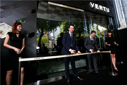 Launch of Vertu Ti at Mandarin Gallery. <br> Image source: Vertu