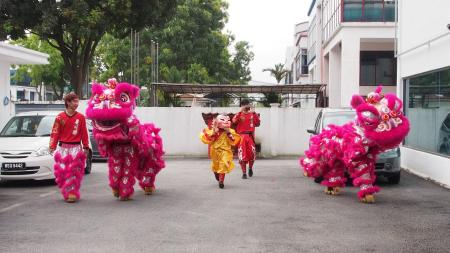 The people at Huawei brought in this Lion Dance troupe to help usher in prosperity for the new Innovation Center