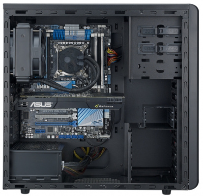 Interior of the N500. (Image source: Cooler Master)