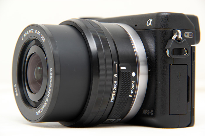 When the camera is switched off, the lens will collapse back into itself for easier storage.