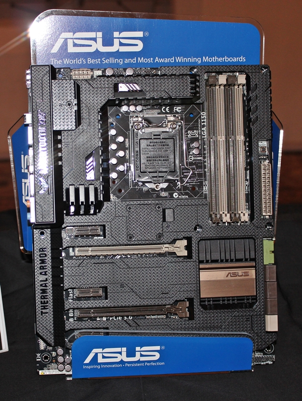 The ASUS Z87 Sabertooth motherboard.