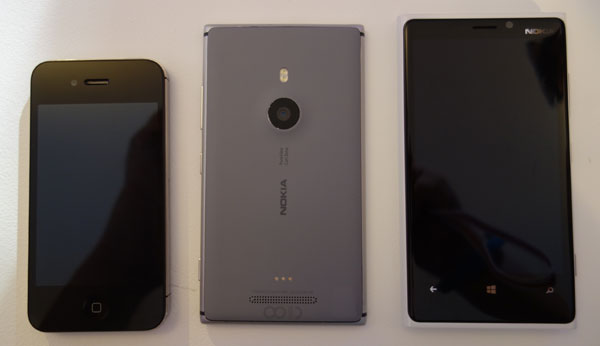 A quick size comparison, from the left: iPhone 4S, Lumia 925, Lumia 920.
