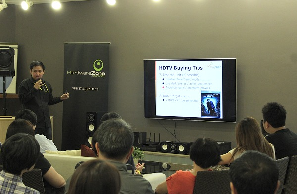 HardwareZone Associate Editor, Ng Chong Seng giving some tips to the audience on buying the latest HD TV sets.