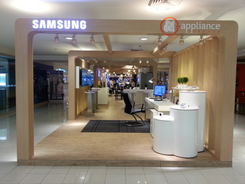 Convergence with Samsung at the SM Appliance Center in Makati City.
