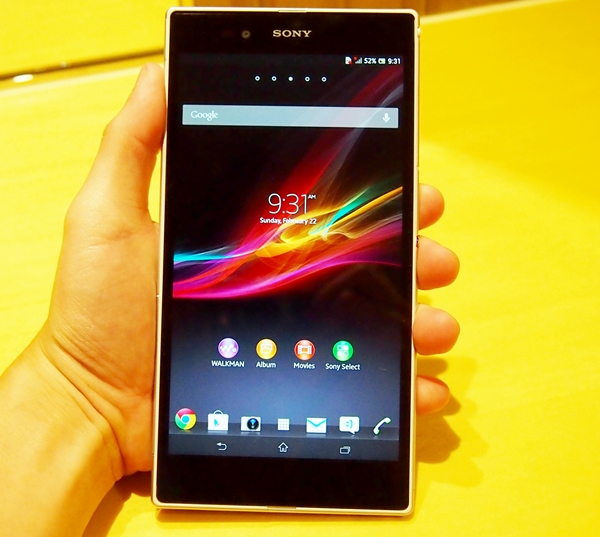 "Sony Mobile ups the ante in the ""phablet"" war with its 6.44-inch Xperia Z Ultra."