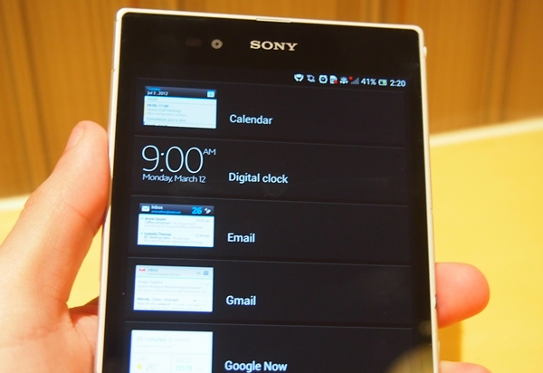 Lock scren widgets can now be placed on the lock screen of the Sony Xperia Z Ultra.