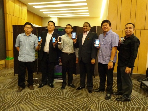 DTC Executives sport the new lineup of GT Astroid smartphones at the launch in F1 Hotel Manila.