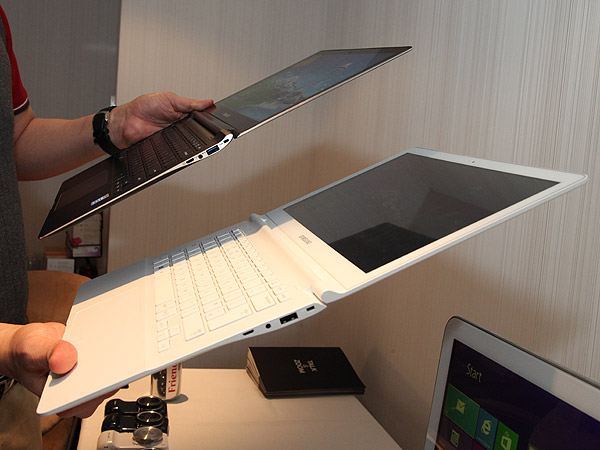 The new Samsung ATIV Book 9 series. Seen here with the ATIV Book 9 Plus (in black) and the ATIV Book 9 Lite (in white).