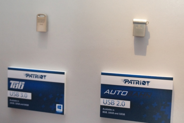 From L-R: The Tab and AutoBahn, part of Patriot's Lifestyle USB flash drive series.