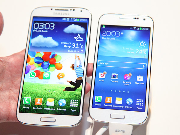The Samsung Galaxy S4 (left) compared with the Galaxy S4 mini (on the right).