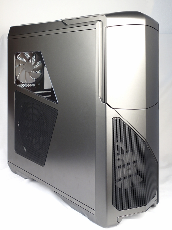 The NZXT Phantom 630 is the new ultra tower chassis from the company. With its updated facade that removed the angled looks of the old Phantom, it also features a revamped interior.