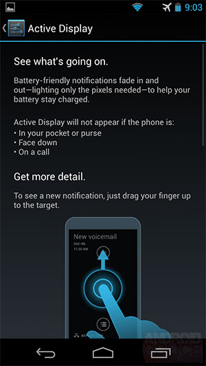 With Active Display, the Moto X will light up only the pixels needed to show the notification. The inference is that the phone will have an AMOLED screen. (Image source: Android Police.)