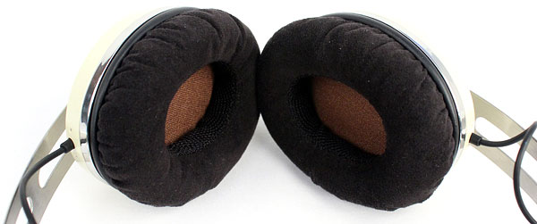The fabric on the ear cups is soft and comfortable, and the cushioning foam is firm.