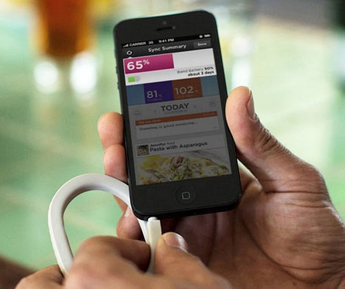 Here you can see the Up being connected to your phone as it relates its quick status and to sync it with the app on the phone. Photo courtesy of Jawbone.