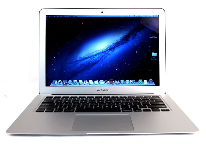 Outside, the MacBook Air looks no different from its predecessor; but under the hood, there are significant improvements.
