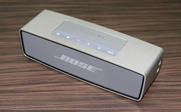 The Bose SoundLink Mini is made from a single piece of extruded aluminum and looks quite fetching.