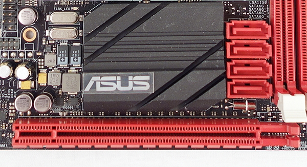 The lone PCIe Gen.3 x16 slot is located near the four SATA 6Gbps connectors.