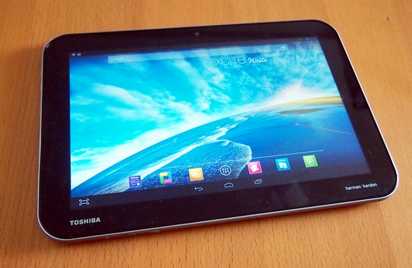 No doubt a beautiful display, the Toshiba Excite Write is marred by sluggish interface navigation and a thick profile.