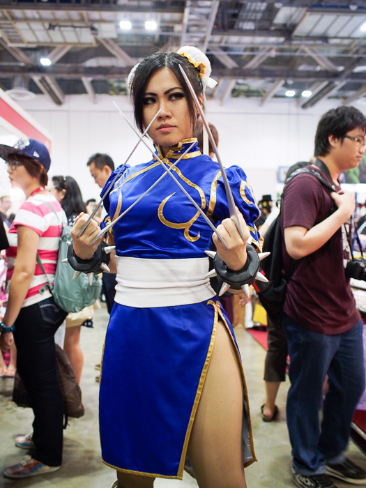 A Chun Li/X-23 combination attack!
