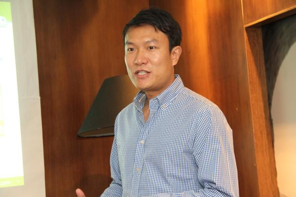 Louis Song, Country Manager, WeChat had come down to Malaysia to talk to us about the social media circle over a media luncheon