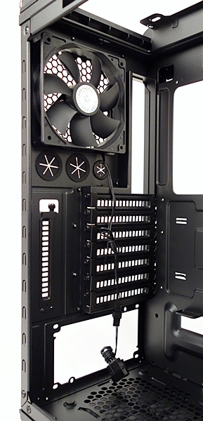 We are able to see the seven expansions slots, as well as the additional one located below the rear 120mm outlet fan.