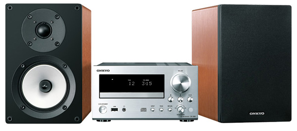 The Onkyo CS-555 is similar to the CS-N755 except for the fact that it lacks internet connectivity options. Here it can be seen in its Silver Wood finish.