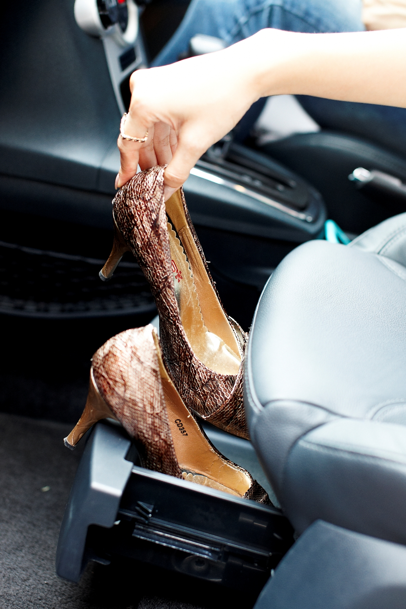 5 Tips For Wearing Shoes With Heels