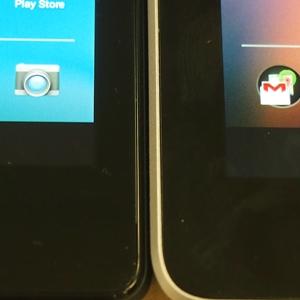 Comparing the bezels of the Google Nexus 7 (2013) vs. Google Nexus 7 (2012).