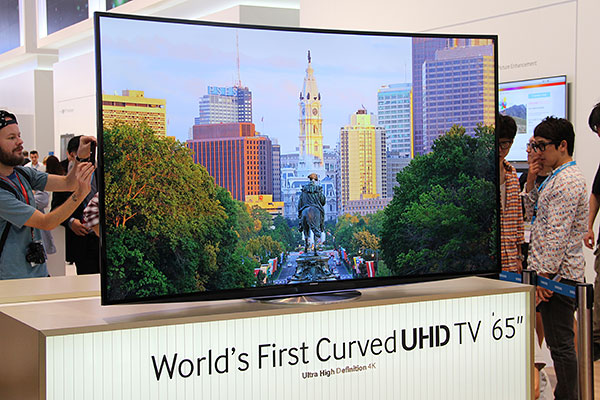 samsung 65 inch tv. samsung has just unveiled the world\u0027s first curved 4k ultra high-definition tv (uhdtv) in berlin, germany, a day before ifa 2013 opens its doors. 65 inch tv