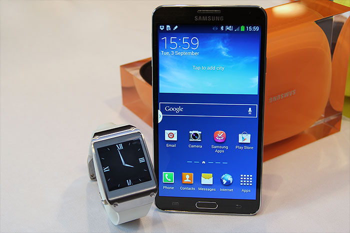 Also announced is the Galaxy Gear smart watch, a companion device for the Galaxy Note 3. For more info of the watch, remember to check out our other hands-on article.